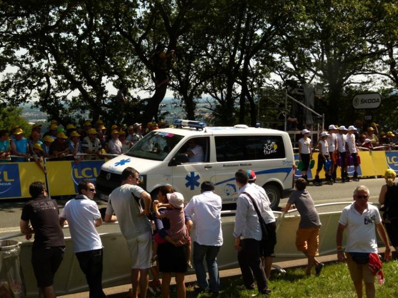 Ambulances Petit by Gruau sur le Tour de France