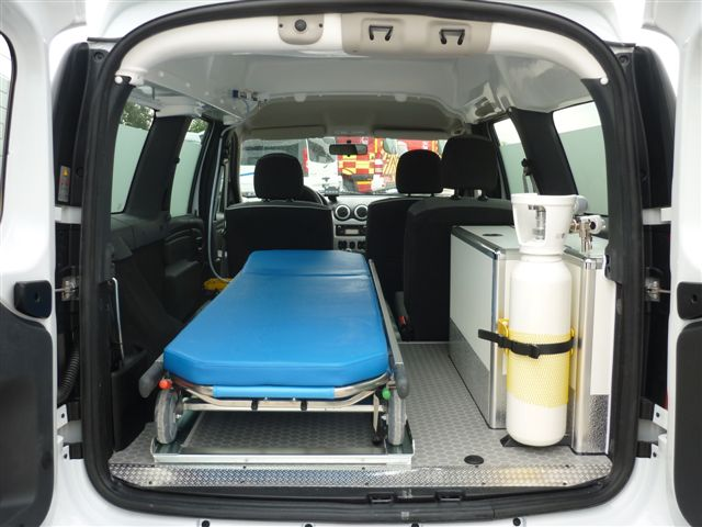 Ambulance Export Niger Petit by gruau