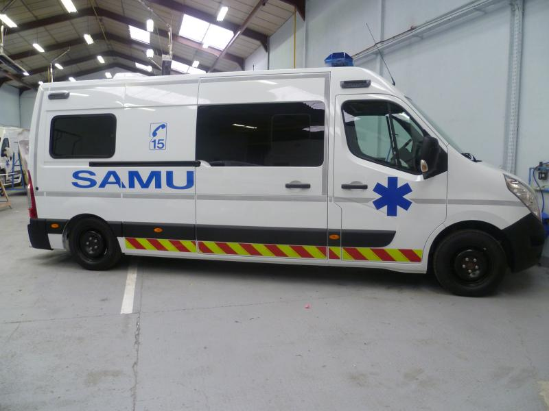 CHU Fort de France Ambulance Petit by Gruau