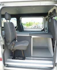 2 sièges arrières homologués