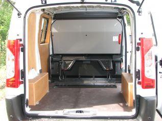 Amenagement V�hicule de liaison - Cabine Repli-Cab - Gruau BTP